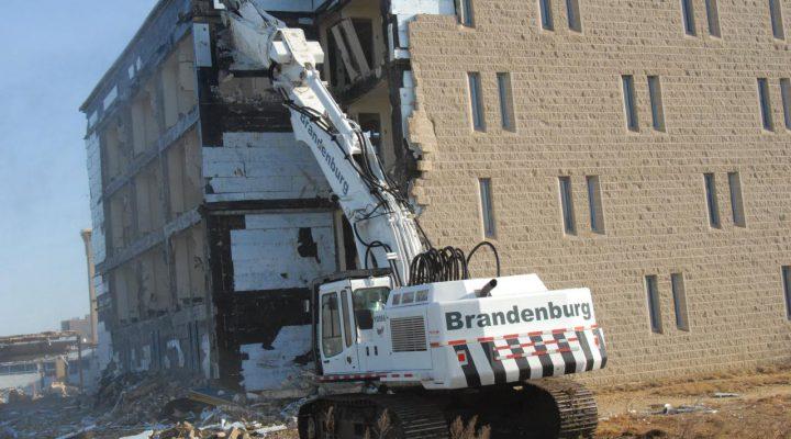 اقدامات قبل از تخریب ساختمان